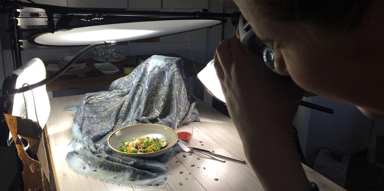 Jak zorganizować sesję kulinarną do ksiażki