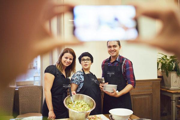 Zależało nam na tym, aby kuchnia roślinna gościła w naszych kuchniach jak najczęściej