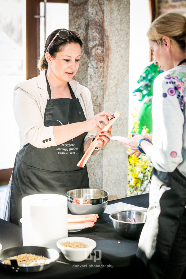 Podczas kulinarnych warsztatów swoich sił spróbowała uczestniczka MasterChef i właścicielka  Pracowni Smaku – Jola Kleser