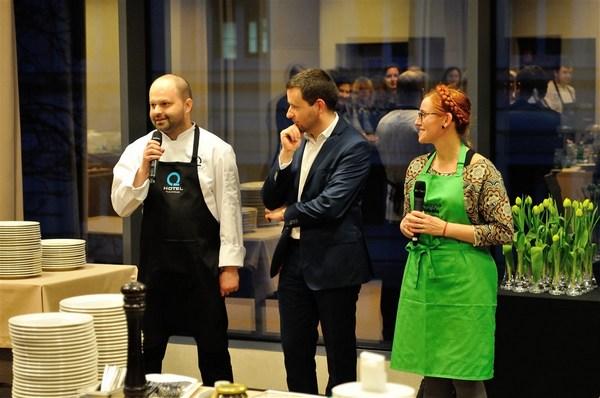 Szef restauracji Q Hotel Wrocław – Jakub Bębas, Katarzyna Gubała i dyrektor Q Hotel Wrocław Pzremysław Winiarski