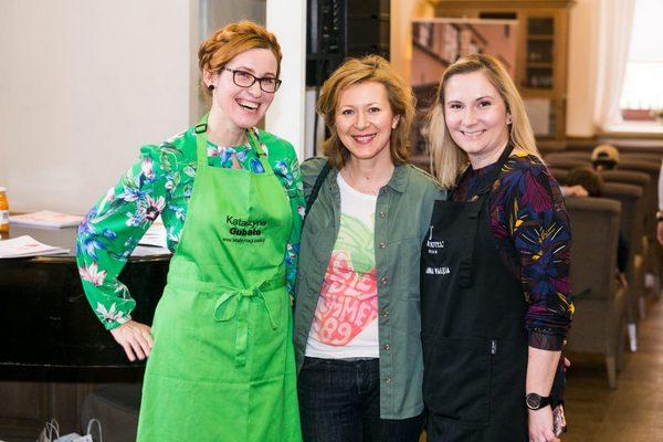 Katarzyna Gubała prowadząca warsztaty kulinarne, Anna Pławecka z Targ Piast i Anna Wałęsa z Art Hotelu