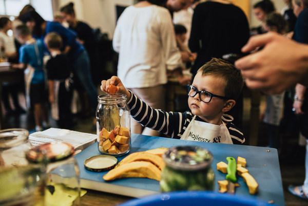 Warsztaty kulinarne dla małych dzieci we Wrocławiu