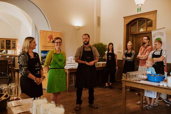 Warsztaty kulinarne prowadził szef kuchni Art Hotelu Grzegorz Pomietło i Arek Dziakowski szef kuchni restauracji Agawa
