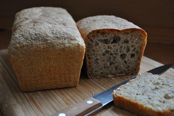 Samodzielne pieczenie chleba i sprzedaż bezpośrednia to pomysł na gastro lockdown